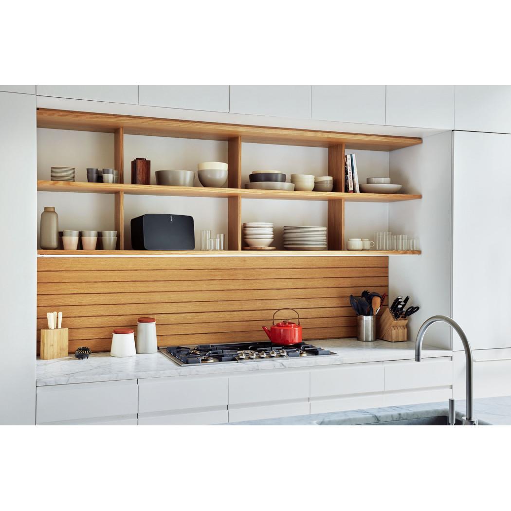 sonos play 5 wireless speaker bay bloor radio toronto canada. Black Bedroom Furniture Sets. Home Design Ideas